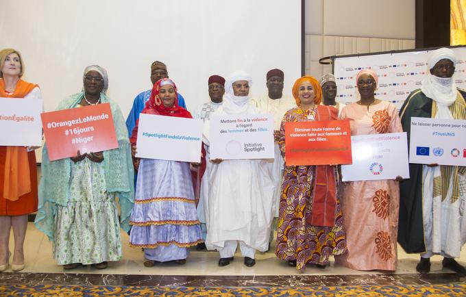 © Spotlight Initiative Niger/2019/Aboubacar Magagi et légende Le Niger, l'Union Européenne et les Nations Unies unissent leurs efforts pour éliminer les violences à l'égard des femmes et des filles.