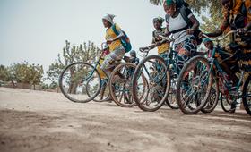 Jeunes boursieres du projet au SWEDD au Mali ©Ollivier_Girard_UNFPA WCARO
