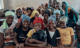 SWEDD 2 will continue to support efforts to keep girls in school in Sahel countries like Mali. © UNFPA/Ollivier Girard